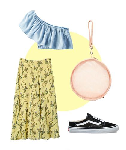 Một cô nàng năng động thì chắc chắn sẽ nghĩ ngay đến việc phối váy midi với giày sneakers. Cùng với tông màu pastel, người mặc có thể lựa chọn những chiếc áo trẻ trung như kiểu lệch vai trong hình để diện cùng váy hoa.