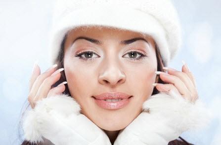 Mẹo hay để có đôi môi căng mọng không nứt nẻ trong mùa đông