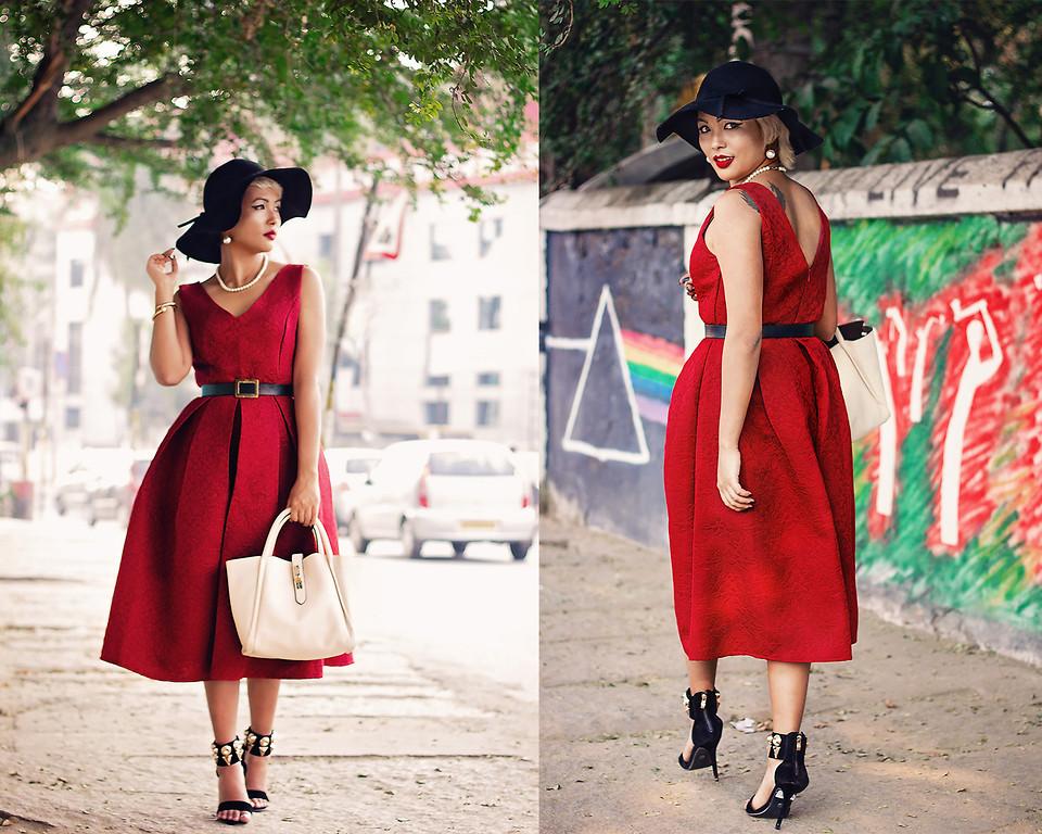 Những chiếc đầm đỏ siêu quyến rũ 8