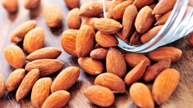 almonds-625_625x350_41448