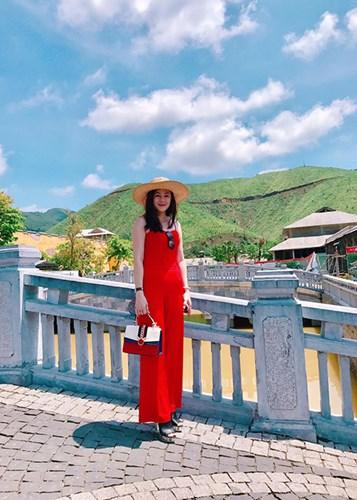 angela-phuong-trinh (6)
