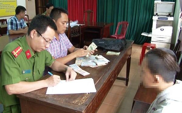 Chú tiểu bị tố trộm gần 120 triệu đồng của chùa