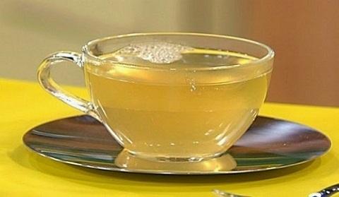 Sáng sớm uống 1 cốc nước mật ong điều thần kỳ gì sẽ tới với cơ thể bạn?