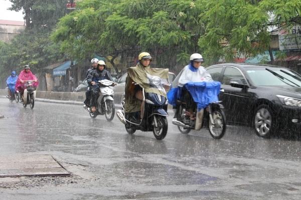 Thời tiết hôm nay 8/5: Cả ba miền ngày nắng, đêm mưa dông, đề phòng mưa đá