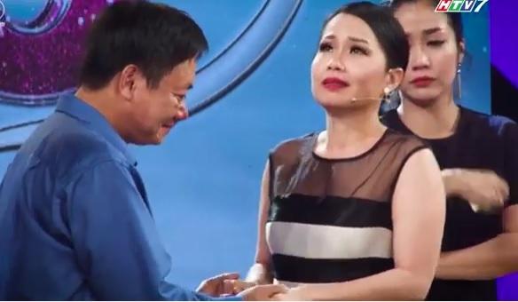 Giọng ca của người cha nuôi hai con teo não khiến Cẩm Ly, Trấn Thành, Ốc Thanh Vân khóc nức nở