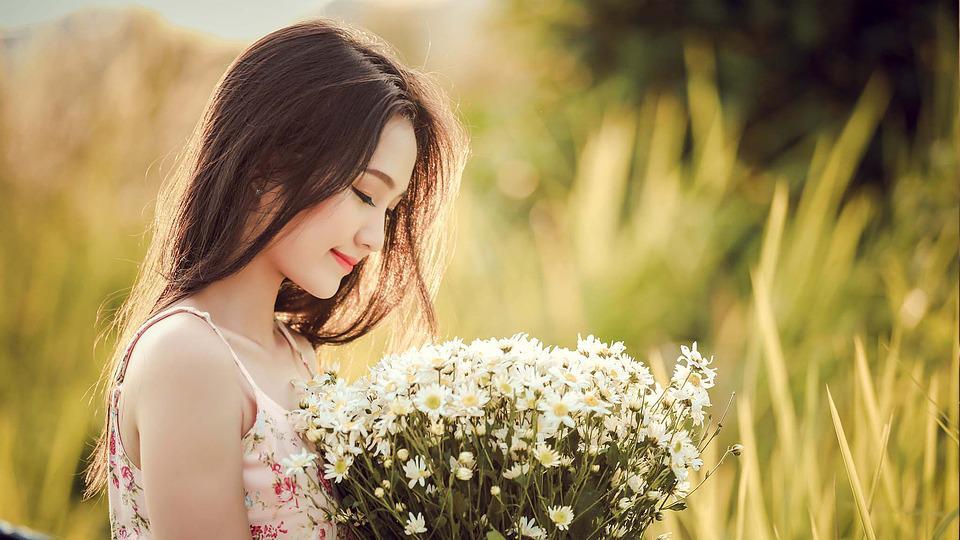 Là đàn bà thông minh, kiên quyết không được thỏa mãn mọi nhu cầu của chồng