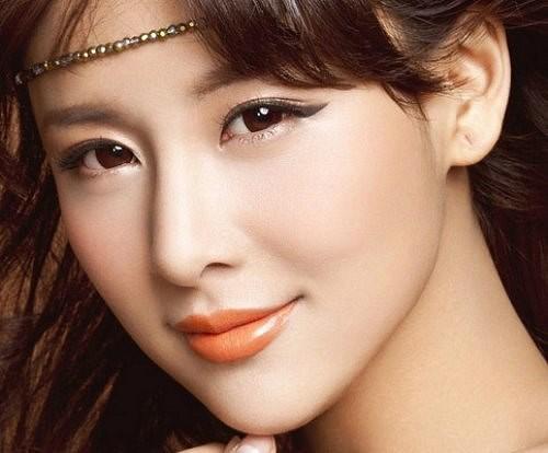 Phụ nữ có 5 đặc điểm này trên gương mặt, cả đời giàu sang phú quý, an nhàn hưởng thụ