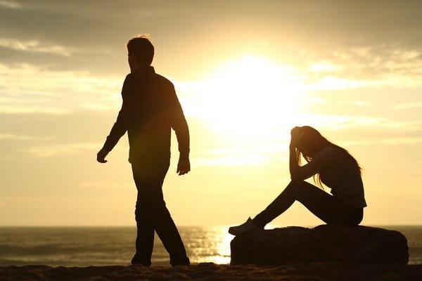 5 câu nói chứng tỏ đàn ông đã cạn tình cạn nghĩa, phụ nữ đừng mong níu kéo