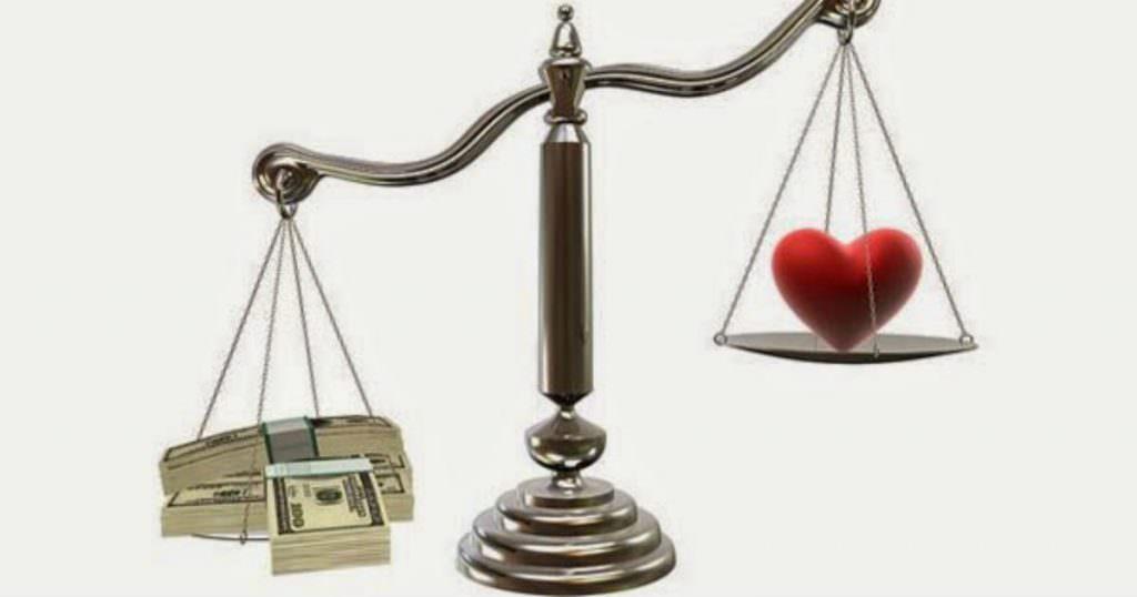 Xã hội bây giờ: Tình nghĩa thua tiền tài, vật chất hất đổ tình anh em