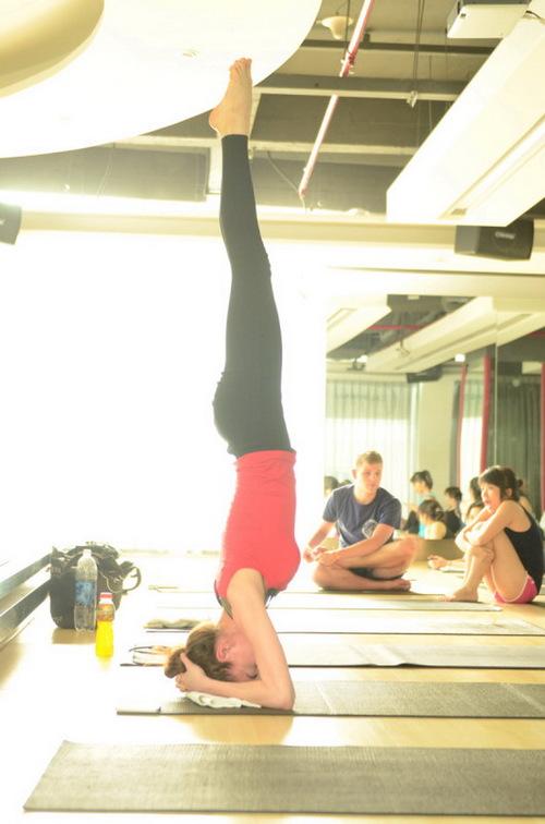 tap-yoga-chua-benh-phu-khoa-4-phunutoday.vn