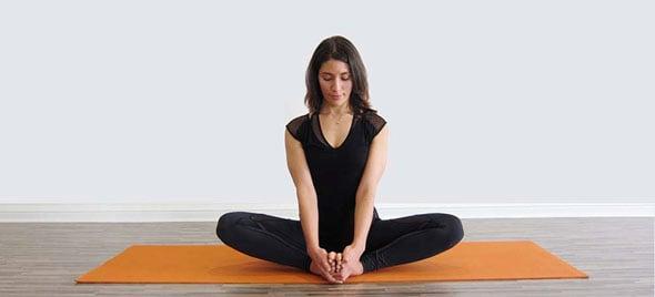 tap-yoga-chua-benh-phu-khoa-5-phunutoday.vn