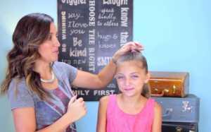 Bạn gái tóc dài cùng học cách búi tóc đẹp sau đây