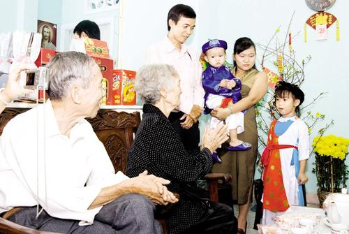 23.xem-tuoi-xong-dat-mo-hang-voi-gia-chu-tuoi-tan-mao-1-phunutoday.vn