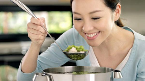 Bỏ túi ngay với bí quyết chữa món ăn khi bị mặn