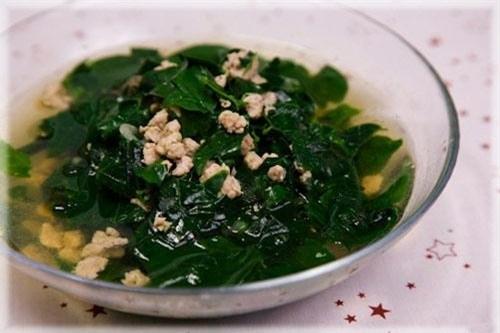 Cách nấu canh rau ngót với thịt nạc ngon