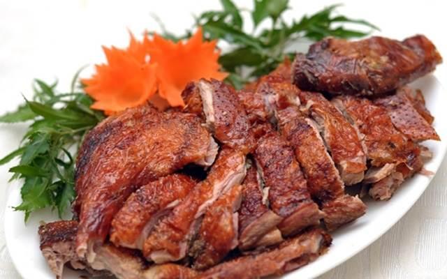 Dạy cách làm vịt nướng tại nhà thơm lừng ngon khó cưỡng