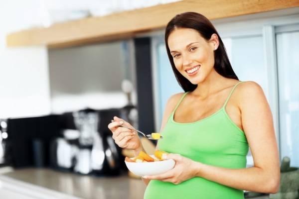 Mách bà bầu món ăn con khỏe đẹp và thông minh từ trong bụng mẹ