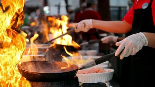'. Thói quen quá phổ biến khi nấu ăn khiến cả nhà mắc ung thư mà nhiều người chẳng ngờ .'