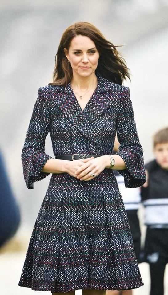 Ấn tượng với 8 lần mặc đồ phá cách của công nương Kate Middleton