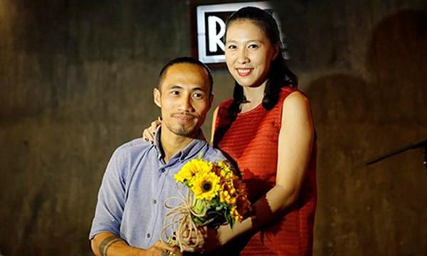 Phạm Anh Khoa và bà xã Thùy Trang.