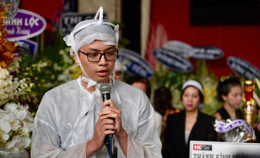 Thiên Khôi - con trai thứ hai của cố nghệ sĩ gửi lời cảm ơn đến các cô chú, đồng nghiệp của ba. Cậu bé mong mọi người luôn giữ những ký ức đẹp về ba.