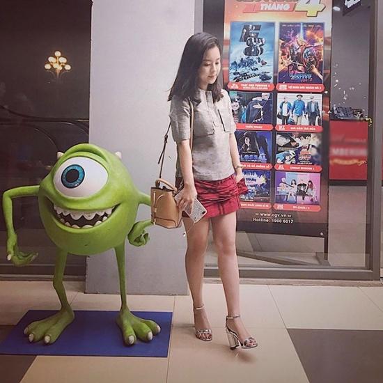 giat-minh-nhan-sac-single-mom-u30-8-nam-vat-va-nuoi-con-van-tre-trung-nhu-gai-16-4