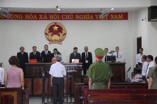 xet-xu-ong-lao-77-tuoi-dam-o-cac-be-gai-o-vung-tau-bi-cao-bat-ngo-keu-oan-giua-toa-phunutoday.vn