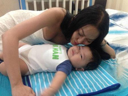 phi1 thanh van phunutoday v - Phi Thanh Vân sáng suốt nhận con nuôi làm mẹ đơn thân