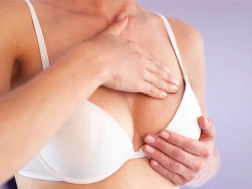Ngực bạn bị chảy theo thời gian có thể do nhiều nguyên nhân