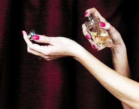 Để hương thơm giữ được mùi lâu, điều quan trọng phụ thuộc vào loại hương nước hoa mà bạn chọn.