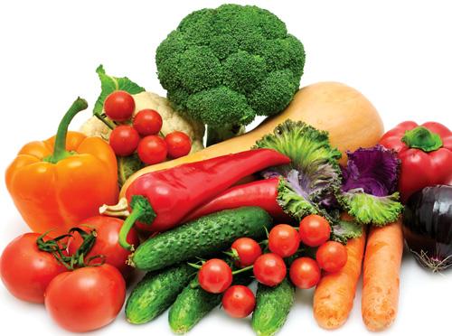 Bổ sung nhiều trái cây và rau xanh là cách giúp da bụng chảy xệ được cải thiện từ sâu bên trong