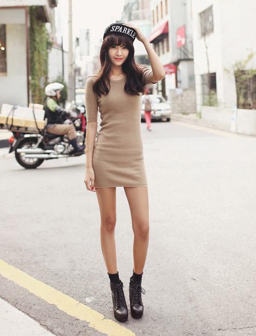 Mách bạn cách chọn váy len khoe dáng