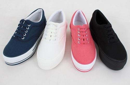 Gợi ý những mẫu giày mùa đông cô nàng nào cũng thích