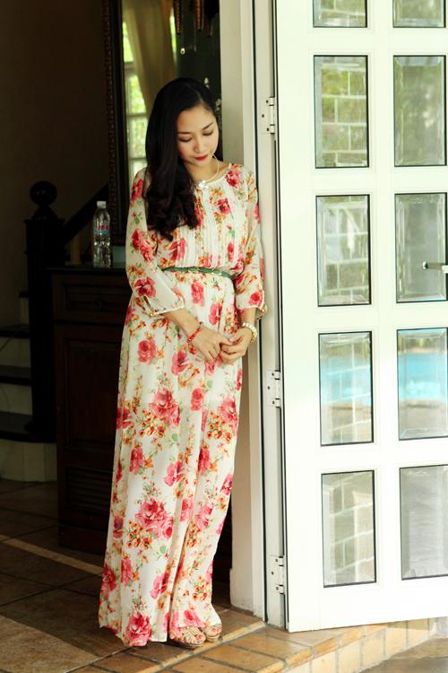 Diện thời trang bầu đẹp như 4 bà bầu Showbiz Việt 8