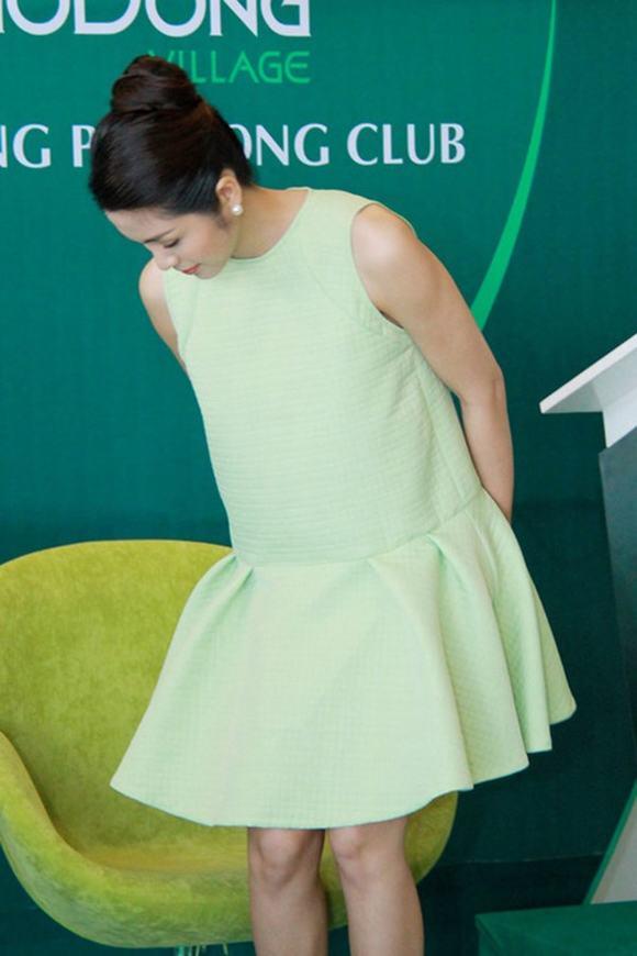 Diện thời trang bầu đẹp như 4 bà bầu Showbiz Việt 2