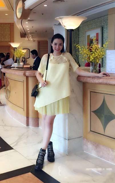 Diện thời trang bầu đẹp như 4 bà bầu Showbiz Việt 12