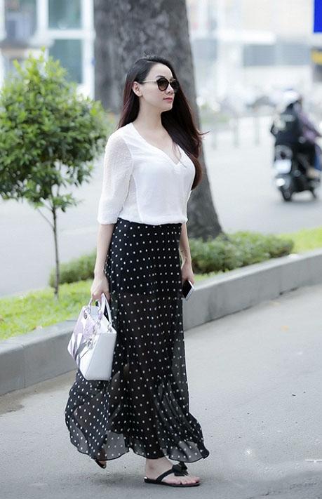 Diện thời trang bầu đẹp như 4 bà bầu Showbiz Việt 10