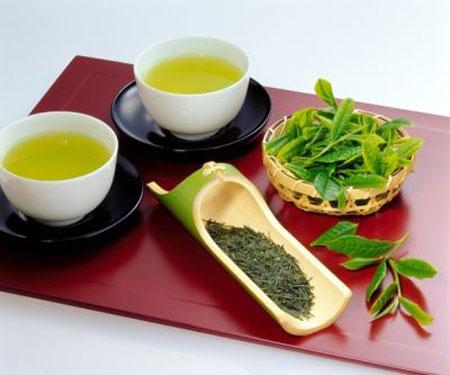Giảm béo bụng cấp tốc bằng nước trà xanh