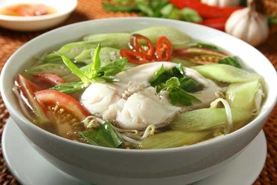 Kết quả hình ảnh cho cá nấu chua với dọc mùng