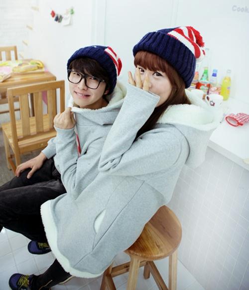 Gợi ý cặp mũ đồi khăn đôi cho bạn đi chơi Valentine 5