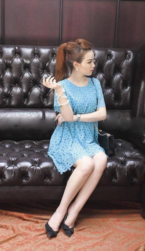Kiểu váy áo đẹp giúp mẹ bầu tự tin và duyên dáng 2