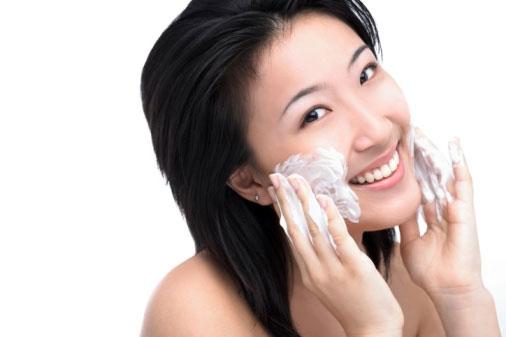 Bí quyết chọn mỹ phẩm cho da khô mà bạn cần biết