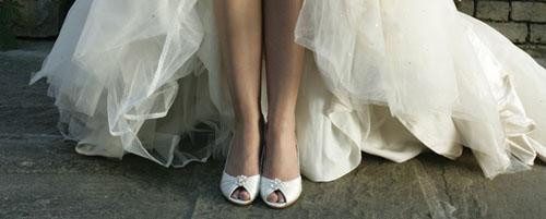 Mách bạn bí quyết chọn giày cưới đẹp cho cô dâu 2