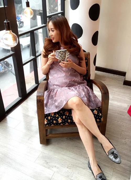 Học Khánh Thi diện thời trang bà bầu cực chất như thời con gái  9
