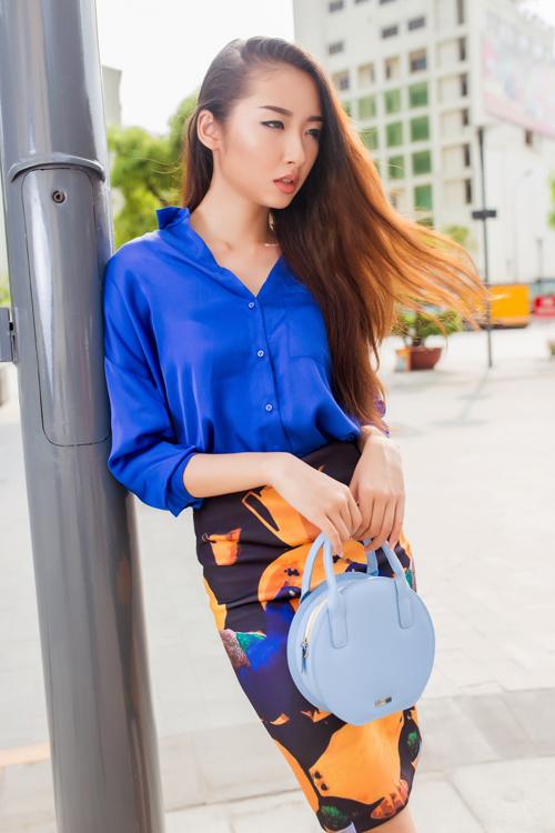 Cô nàng công sở phong cách với túi xách mini 10