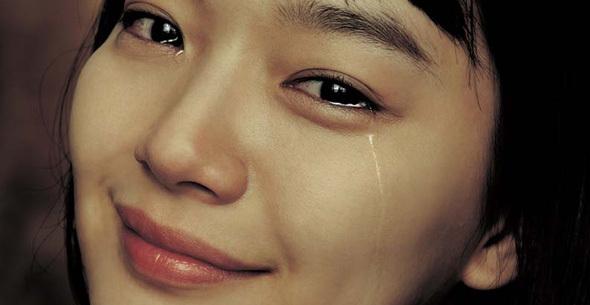 Kết quả hình ảnh cho phụ nữ khóc