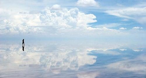 Ngắm vẻ đẹp của cánh đồng muối lớn nhất thế giới