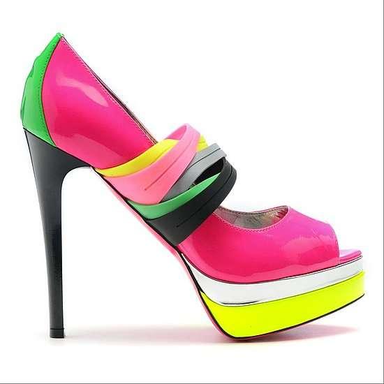 Hè rực rỡ với giày Neon sành điệu 6