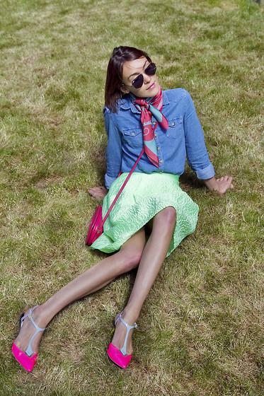 Hè rực rỡ với giày Neon sành điệu 3