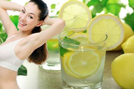 Nước chanh có thật sự giúp bạn giảm cân?